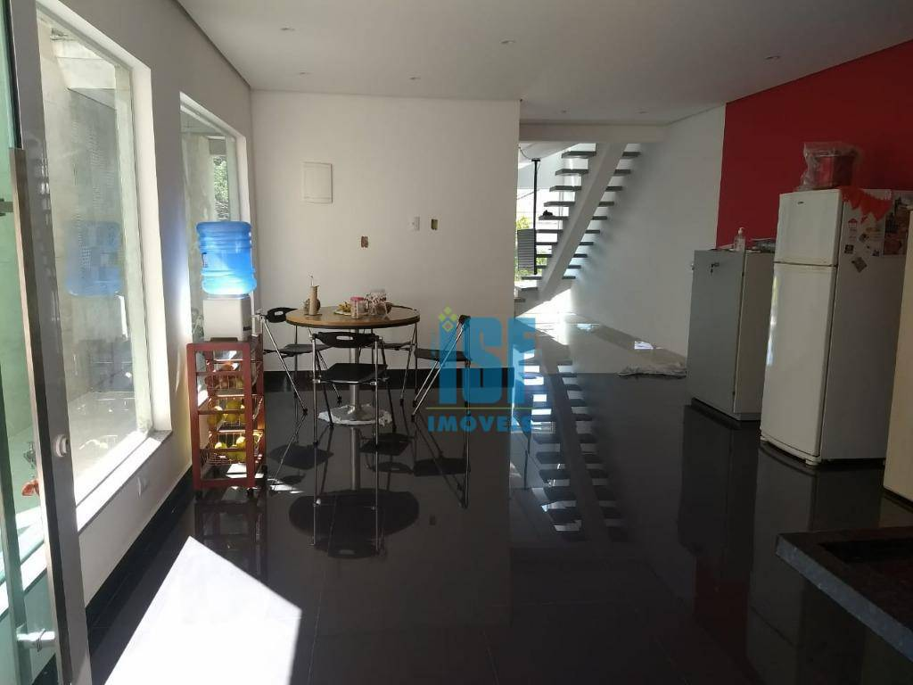 Sobrado com 3 dormitórios à venda, 125 m² por R$ 550.000 - Parque Ribeiro de Lima - Barueri/SP - SO4726.