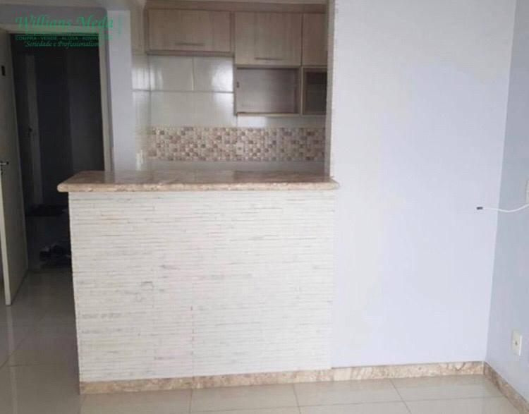 Apartamento com 3 dormitórios à venda em Guarulhos.