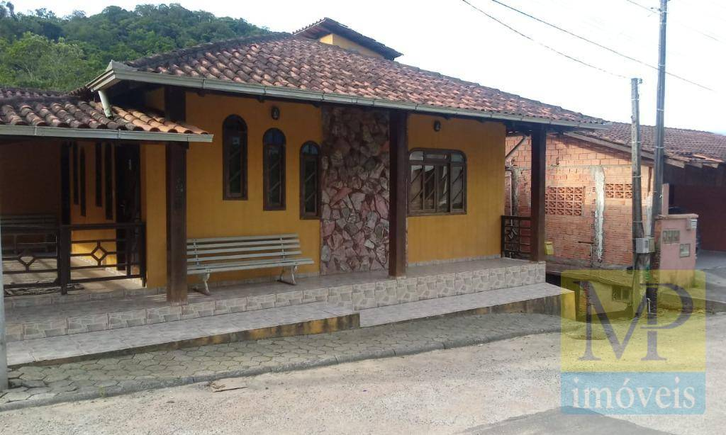 Sobrado com 2 dormitórios à venda, 252 m² por R$ 415.000,00 - João Pessoa - Jaraguá do Sul/SC