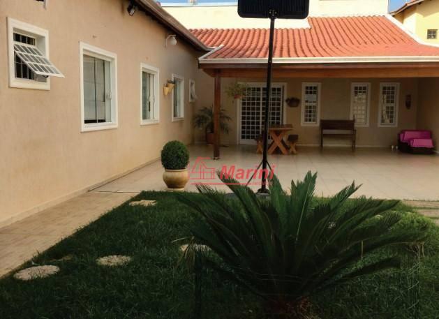 Casa com 3 dormitórios 1 Suite, 2 Salas, Área Gourmet à venda, 178 m² por R$ 435.000 - Jardim Celani - Salto/SP