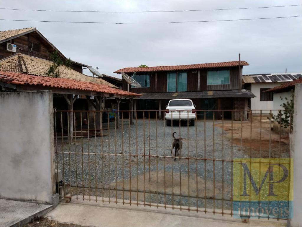 Casa com 2 dormitórios à venda, 120 m² por R$ 220.000 - Centro - Balneário Piçarras/SC