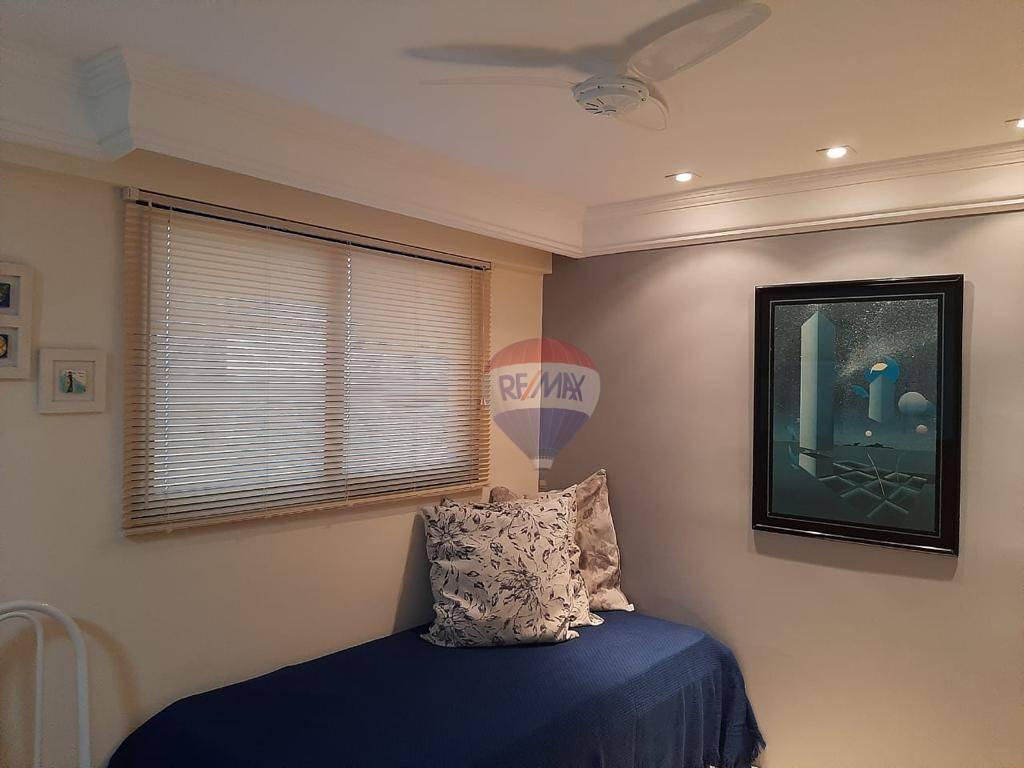 Flat para alugar em BoaViagem, mobiliado, 1 quarto, 1 vaga, a poucos metros do mar.