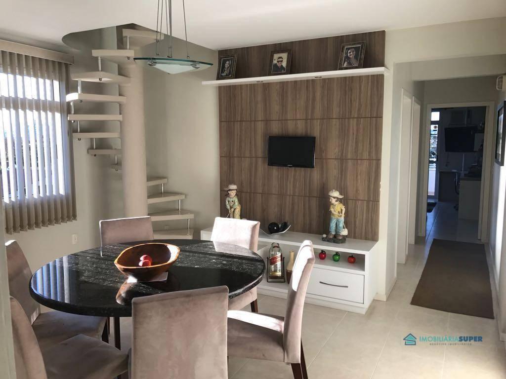 Cobertura duplex com 3 dormitórios em Palhoça