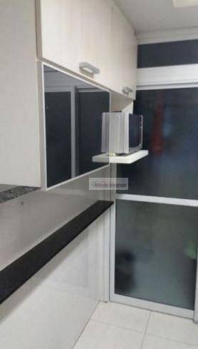 Apartamento de 3 dormitórios à venda em Vila Caraguatá, São Paulo - SP