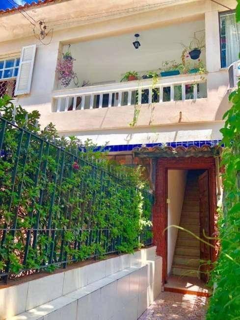 Sobrado à venda, 94 m² por R$ 335.000,00 - Marapé - Santos/SP
