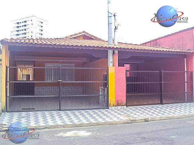 Casa  a 50 metros da praia à venda, Cidade Naútica, São Vicente.