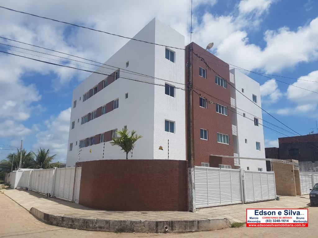 Apartamento com 2 dormitórios à venda, 82 m² por R$ 140.000 - Poço - Cabedelo/PB
