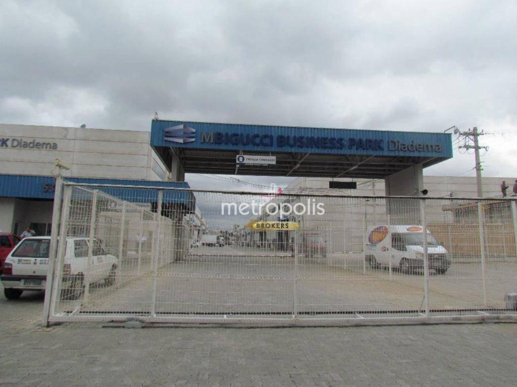 Galpão para alugar, 1025 m² por R$ 23.584/mês - Piraporinha - Diadema/SP