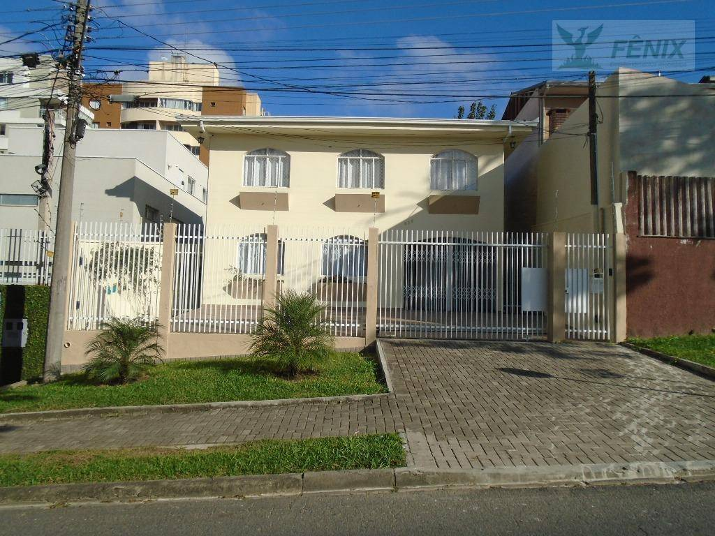 Casa residencial para locação, Água Verde, Curitiba.