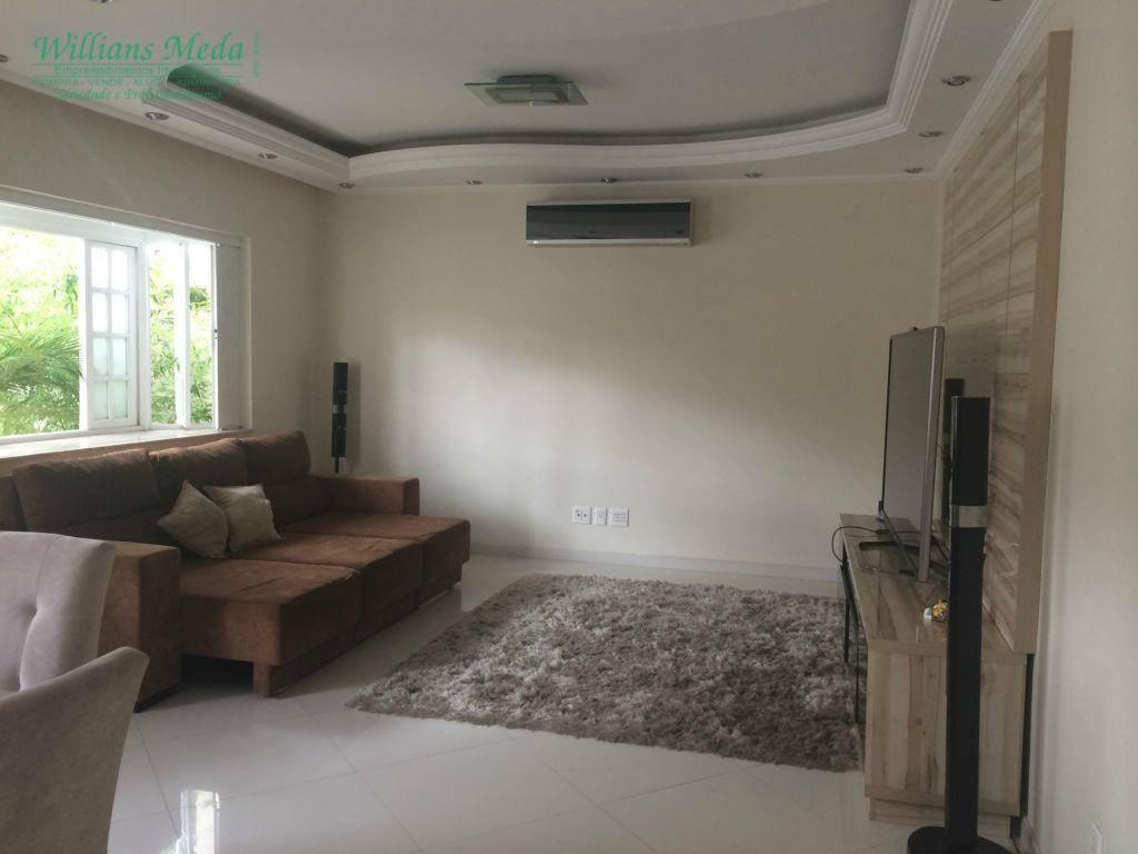Casa com 5 dormitórios à venda, 220 m² por R$ 1.200.000 - Vila Galvão - Guarulhos/SP