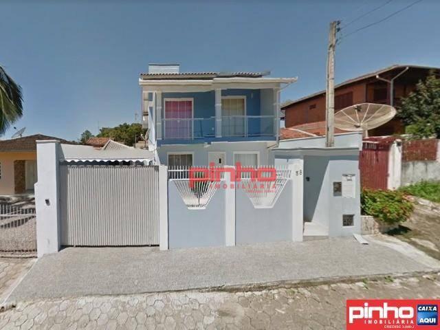 Casa com 3 dormitórios à venda, 248 m² por R$ 419.900 - Centro - Barra Velha/SC