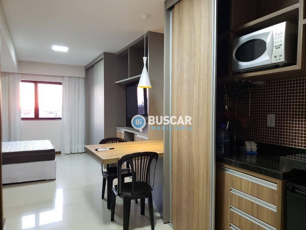 Flat com 1 dormitório para alugar, 30 m² por R$ 1.500,00/mês - Centro - Feira de Santana/BA