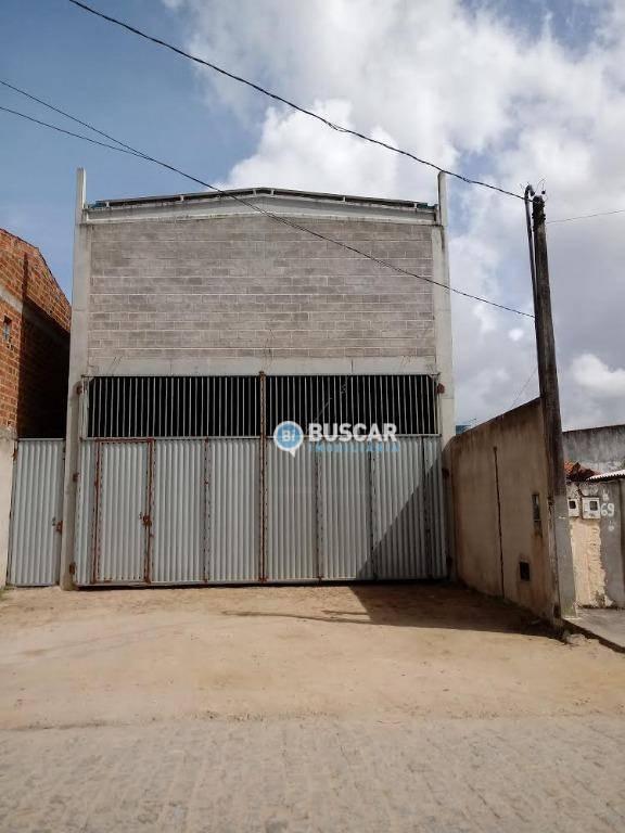 Galpão à venda, 300 m² por R$ 450.000,00 - Conceição - Feira de Santana/BA