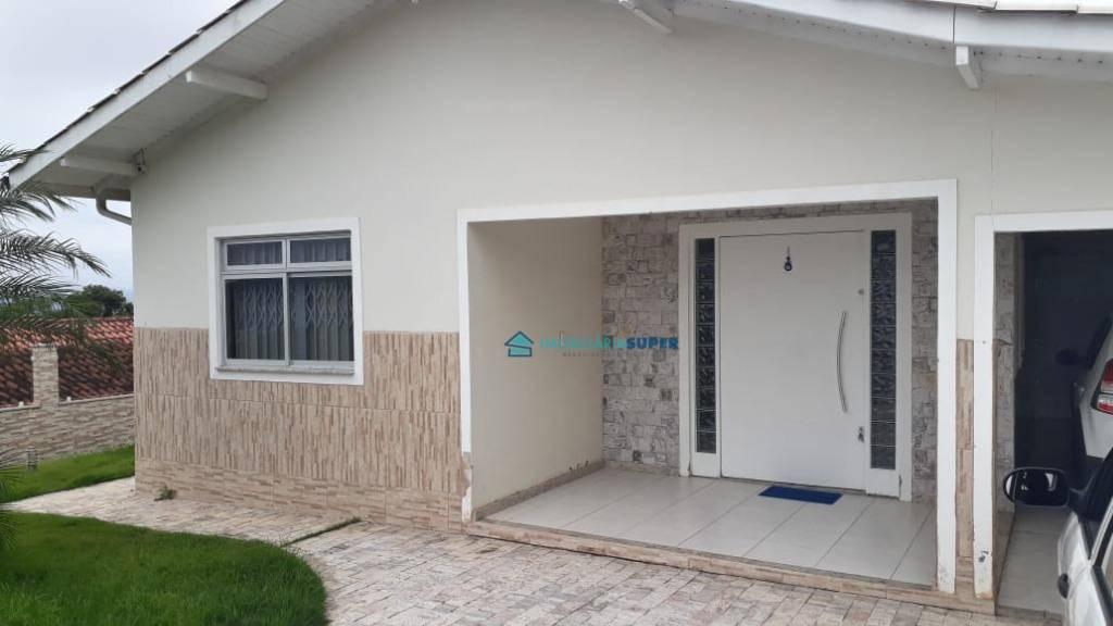Casa de 3 dormitórios em Biguaçu