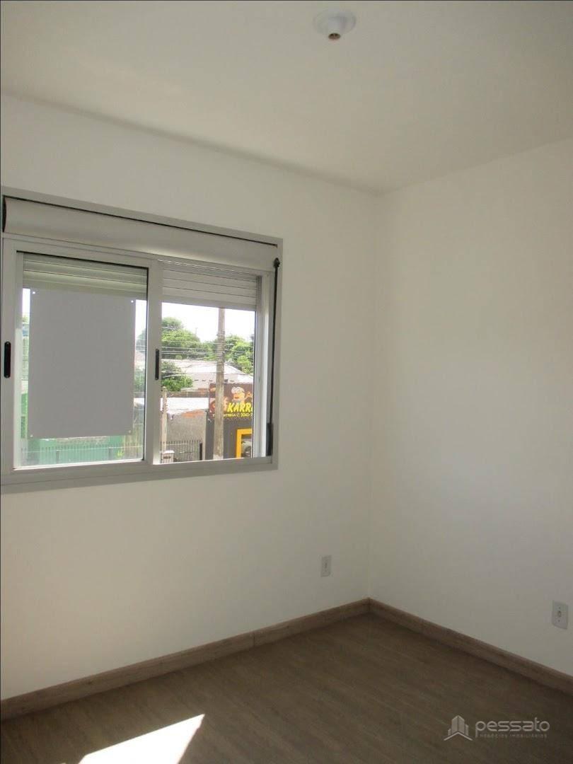 apartamento 3 dormitórios em Cachoeirinha, no bairro Vila Vista Alegre