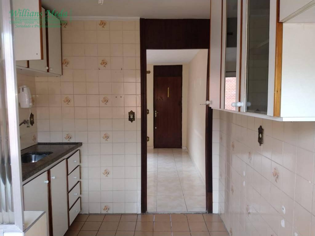 Apartamento com 2 dormitórios à venda em Guarulhos.