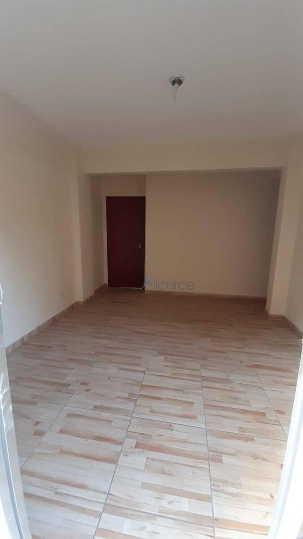 Apartamento para alugar, 90 m² por R$ 1.100,00/mês - Progresso - Juiz de Fora/MG