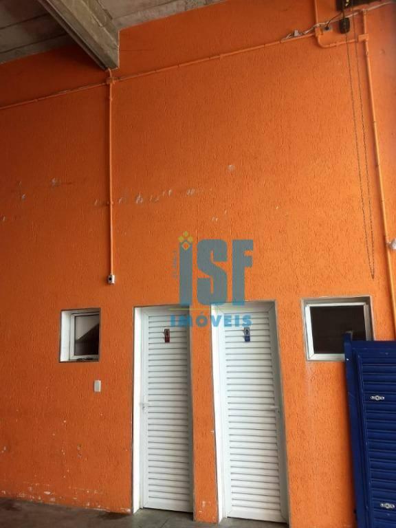 Prédio para alugar, 640 m² por R$ 9.000/mês - Industrial Anhangera - Osasco/SP - PR02170.