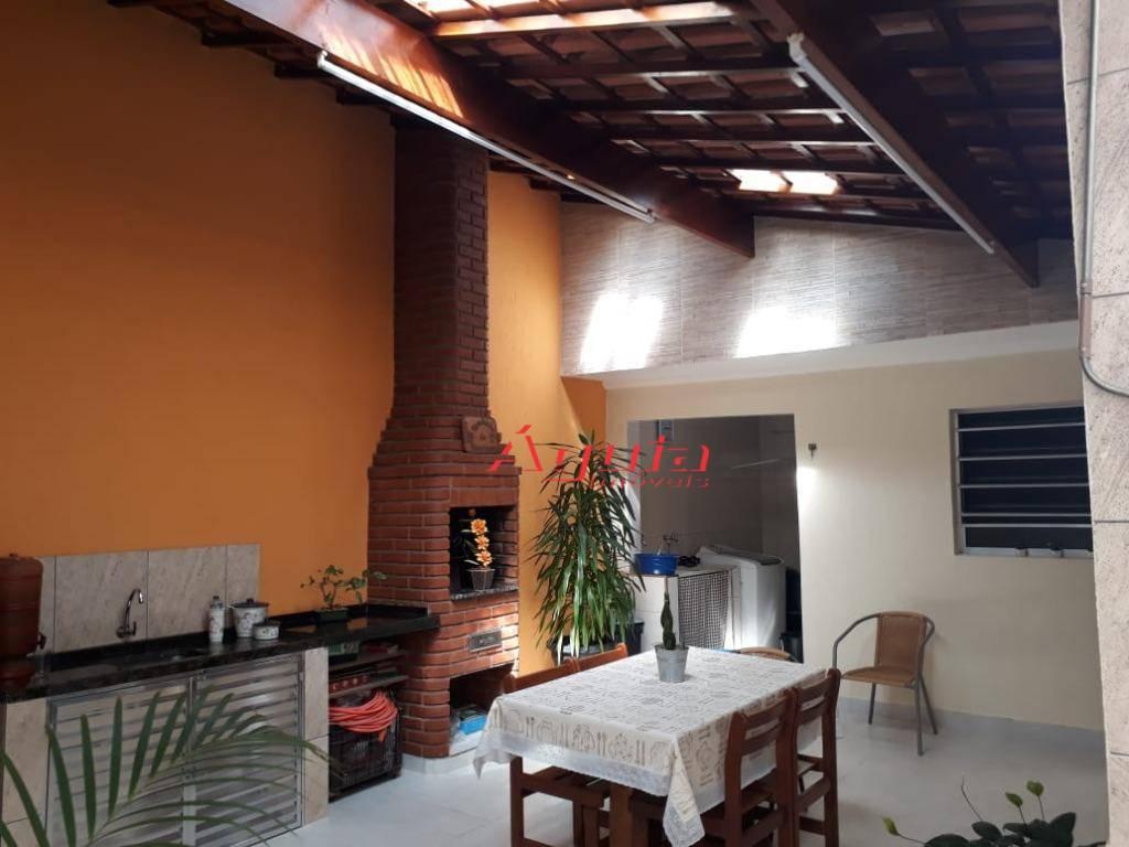 Casa com 3 dormitórios à venda, 155 m² por R$ 800.000 - Vila Curuçá - Santo André/SP