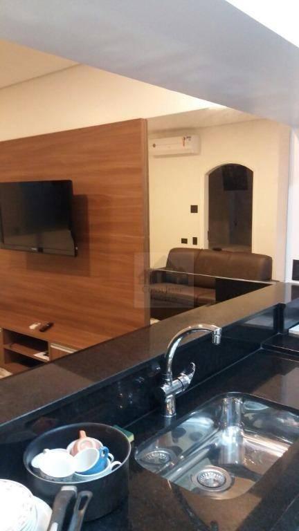 Flat com 1 dormitório à venda, 50 m² por R$ 400.000 - Gonzaga - Santos/SP