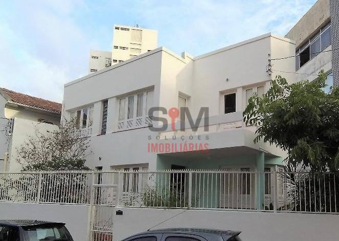Casa residencial à venda, na Barra, em Salvador, com facilidade para ampliação de suítes. Rua tranquila