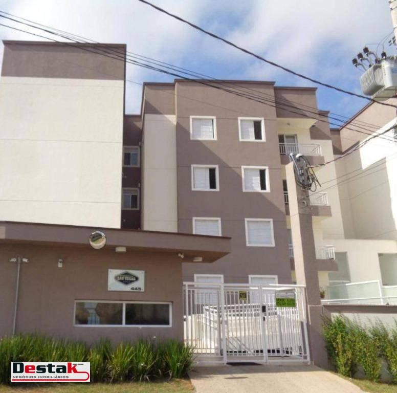 Apartamento. Outeiro de Passárgada - Cotia/SP