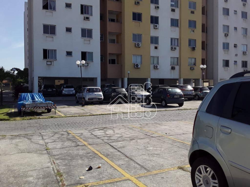 Apartamento com 2 dormitórios à venda, 61 m² por R$ 200.000,00 - Boaçu - São Gonçalo/RJ