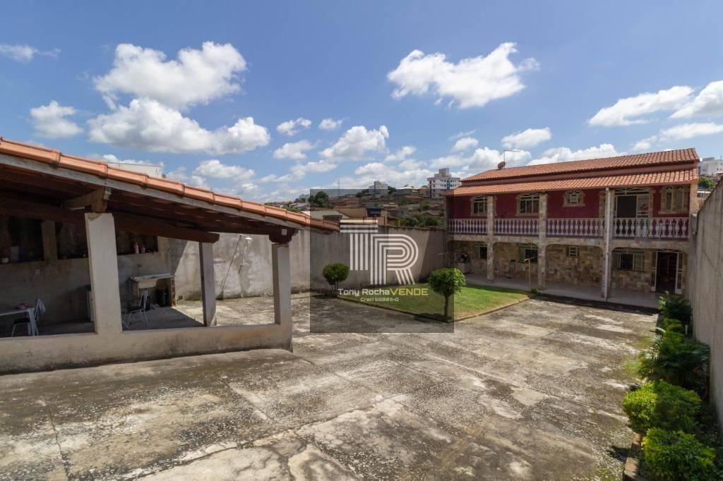 Deslumbrante Casa 4 Quartos, Suíte e Amplo Quintal - Espirito Santo, Betim