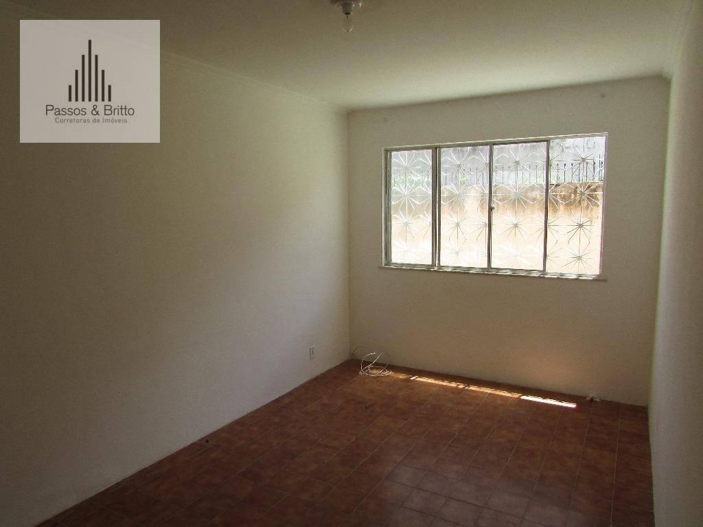Apartamento 2 dormitórios à venda, Imbuí, Salvador.