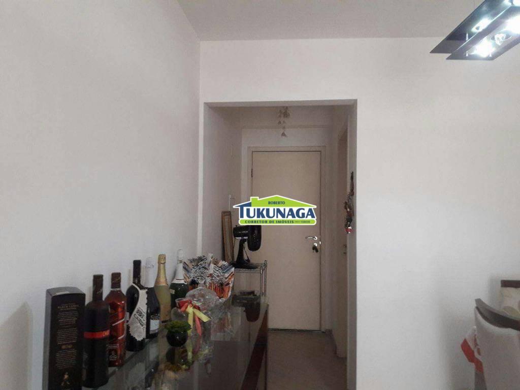 Apartamento com 3 dormitórios para alugar, 75 m² por R$ 1.720/mês - Vila Augusta - Guarulhos/SP