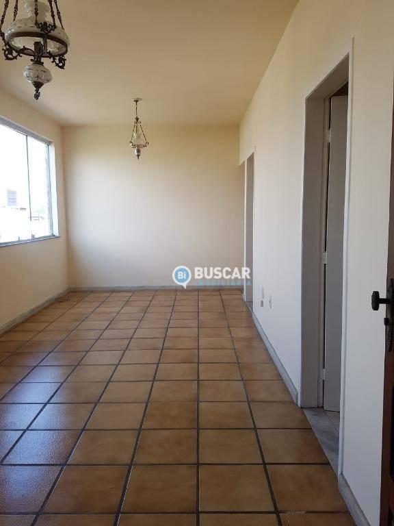 Apartamento com 2 dormitórios para alugar, 98 m² por R$ 800,00/mês - Capuchinhos - Feira de Santana/BA