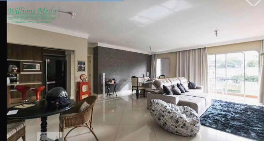 Apartamento com 3 dormitórios para alugar, 210 m² por R$ 2.800/mês - Centro - Guarulhos/SP