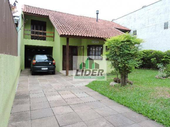 Sobrado em Porto Alegre, bairro Tristeza
