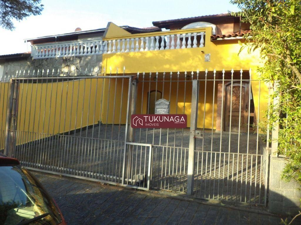 Sobrado com 5 dormitórios à venda, 220 m² por R$ 850.000,00 - Centro - Arujá/SP