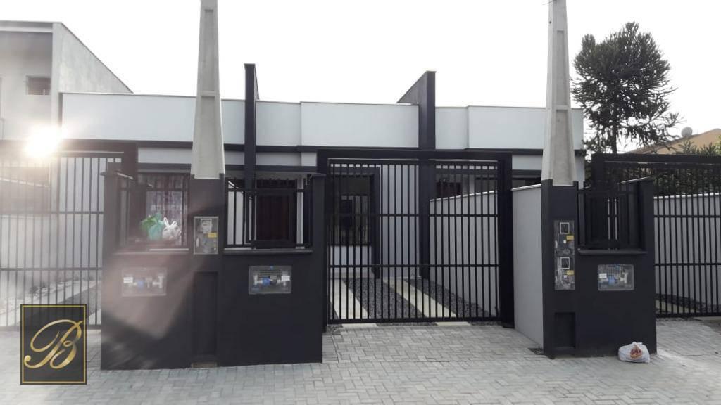 Sobrado com 2 dormitórios à venda, 63 m² por R$ 250.000 - Costa e Silva - Joinville/SC