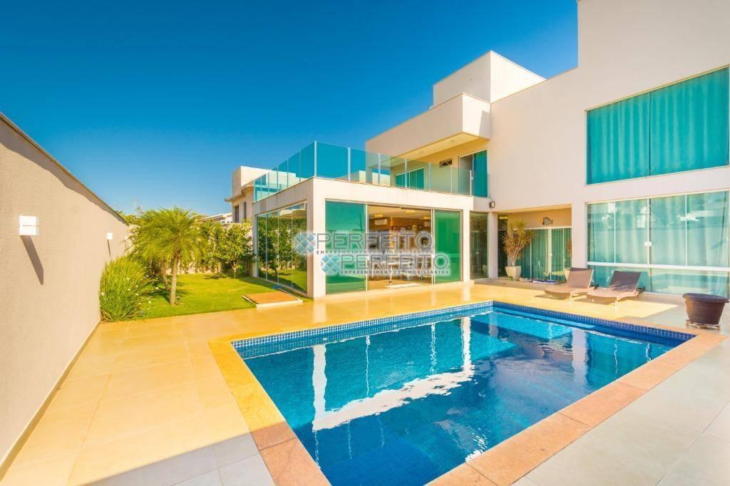 Sobrado com 4 dormitórios à venda, 455 m² por R$ 2.400.000,00 - Condomínio Villagio do Engenho - Cambé/PR