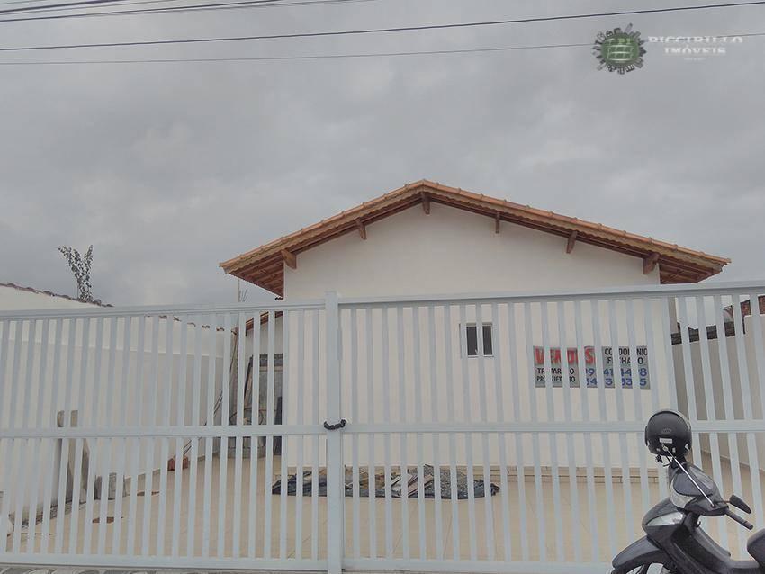 Casa em Condomínio 2 dormitórios, 1 vaga, Jd. Melvi, Praia Grande
