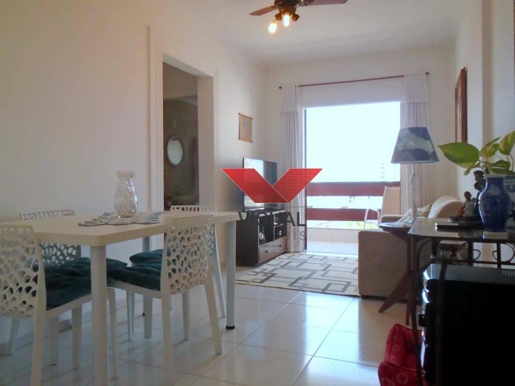 Casa à venda na Enseada-Guarujá