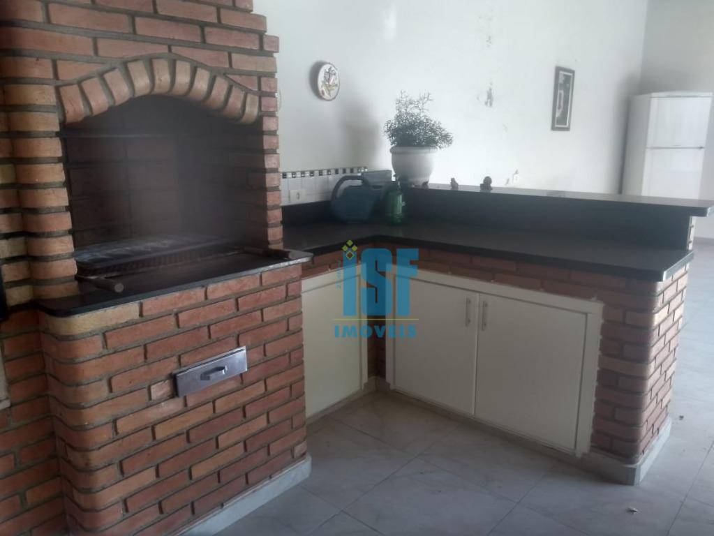 Casa com 3 dormitórios (2 suítes), 3 vagas de garagem, móveis planejados, à venda, 330 m² por R$ 920.000 - Jardim das Flores - Osasco/SP - CA1679