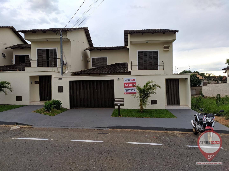 Sobrado com 3 dormitórios para alugar, 100 m² por R$ 2.700,00/mês - Parque Anhangüera - Goiânia/GO