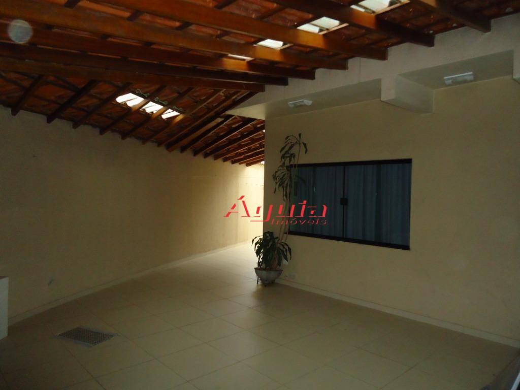 Sobrado com 4 dormitórios à venda, 250 m² por R$ 680.000 - Parque das Nações - Santo André/SP