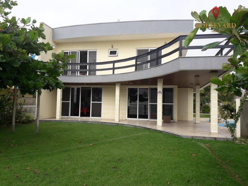 Casa de frente para praia, com 3 dormitórios à venda, 367 m² por R$ 1.600.000 - Tabuleiro - Barra Velha/SC