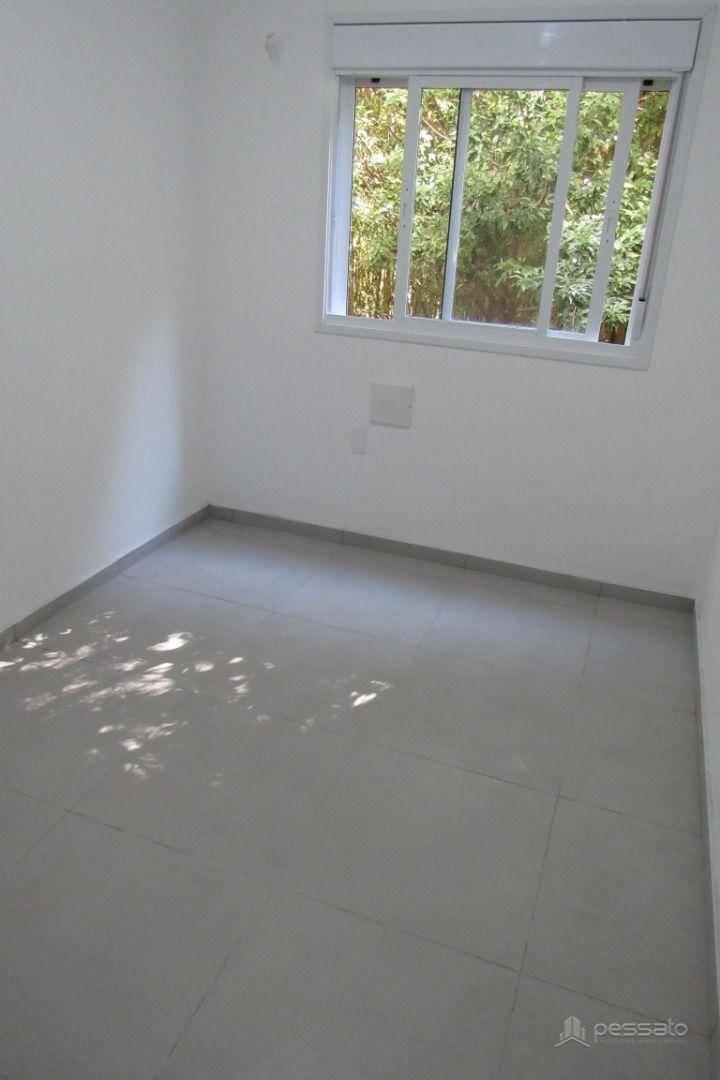 apartamento 2 dormitórios em Gravataí, no bairro Passo Das Pedras