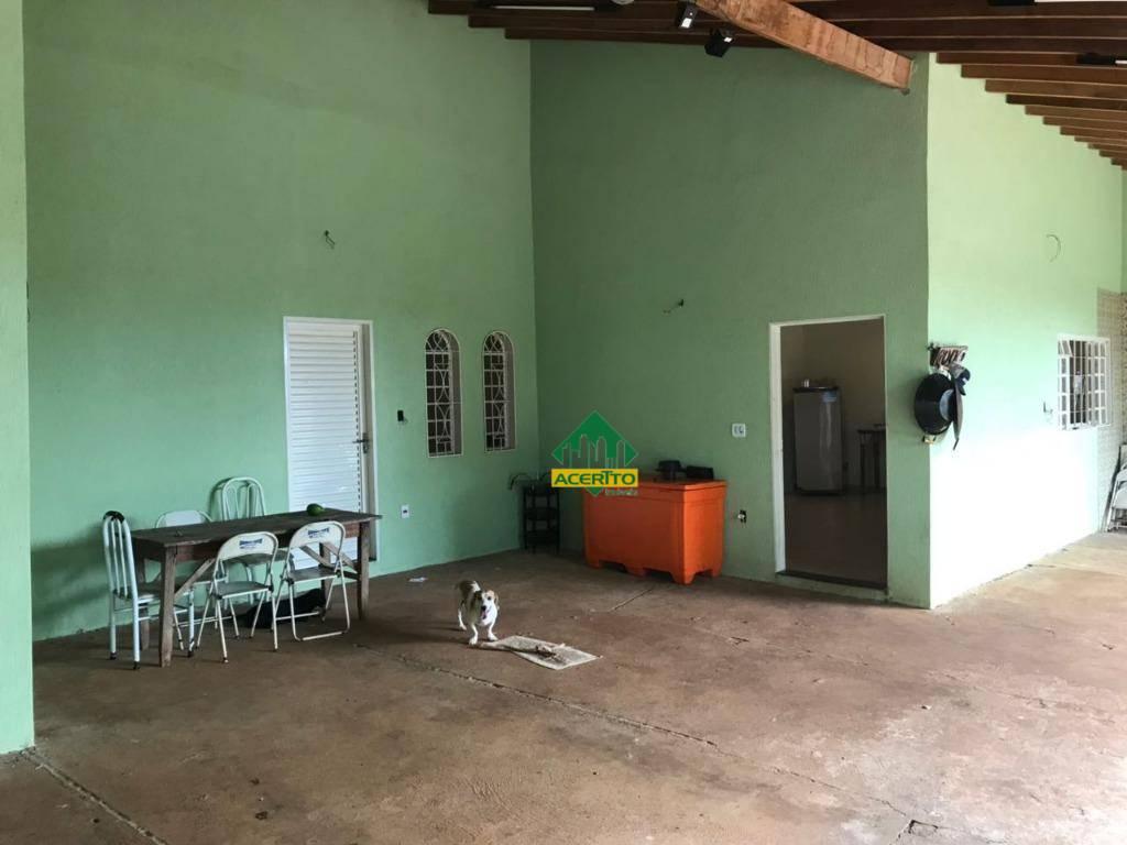 Chácara à Venda no Petit-Trianon em Araçatuba/SP