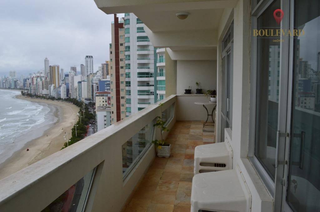 Apartamento com 3 suítes à venda por R$ 3.500.000 - Centro - Balneário Camboriú/SC