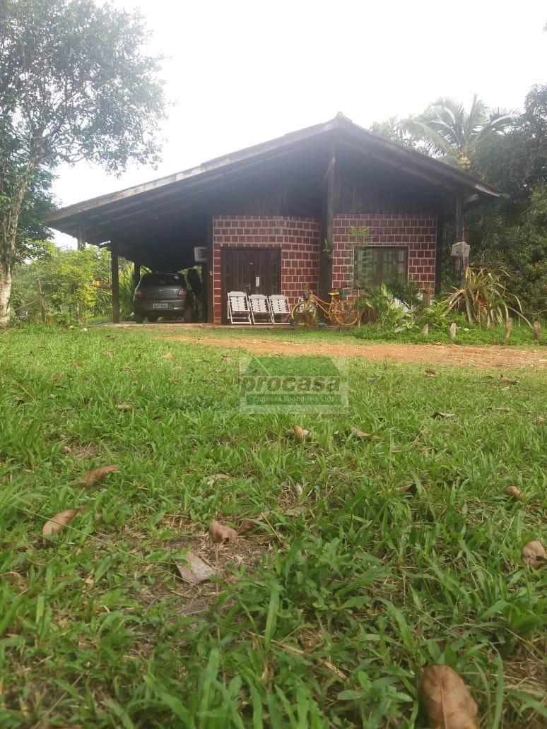 Sítio com 3 dormitórios à venda, 1700000 m² por R$ 300.000,00 - Centro - Presidente Figueiredo/AM