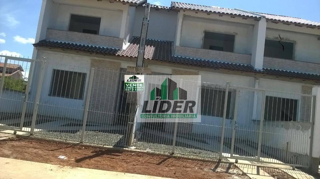 Sobrado em Cachoeirinha no bairro Jardim do Bosque