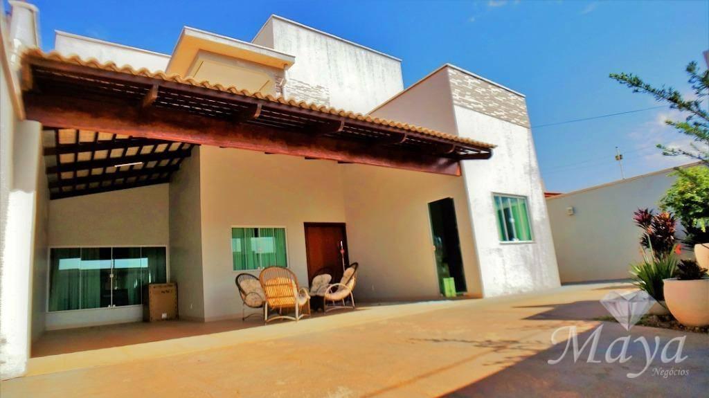 Sobrado 4 Suítes + Escritório, 319 m² c/ armários e lazer na 307 Sul