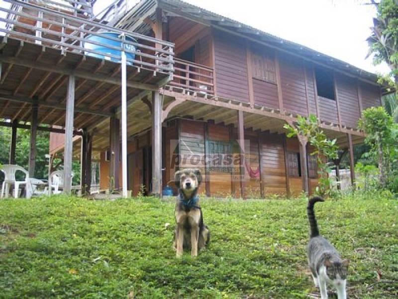 Casa com 4 dormitórios à venda ou Aluguel, 250 m² por R$ 300.000 ou 1500 Mes, Centro de Novo Airão/AM
