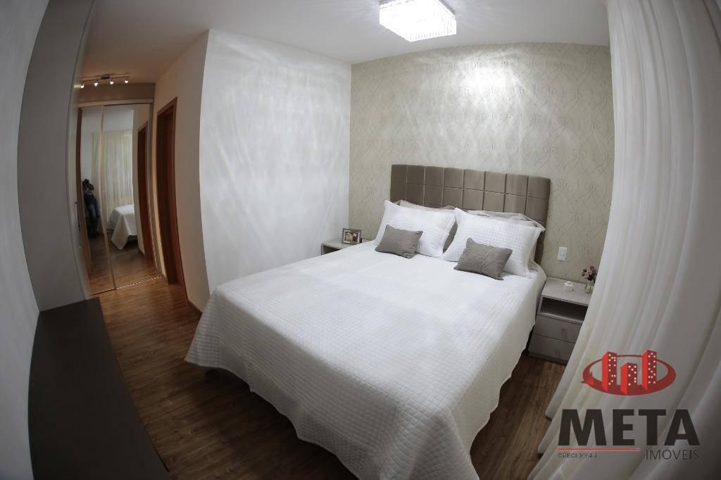 Apartamento com 3 Dormitórios à venda, 145 m² por R$ 718.076,00